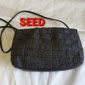 🌹CLEARANCE SALE🛍👌👩💻 Seed Crossbody Bag Black